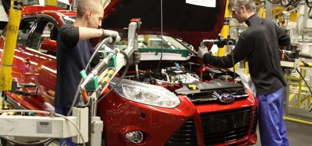 Američki proizvođač automobila Ford motor investiraće 200 miliona evra u proizvodnju manjih sportskih vozila Eko-sport u rumunskom ogranku Automobil Krajova. To je najavio izvršni direktor Forda zadužen za Evropu, Džim […]